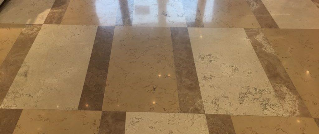 Reinigung Kristallisation von Böden - Ihre Kölner Heinzelmännchen